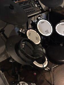 Roland electric drum set