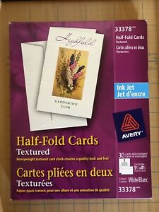 Avery Half Fold Cards Textured