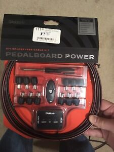 Solderless pedalboard power cable kit