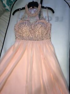 Semi dress Le chateau