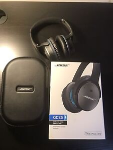 Selling Bose QC25 Apple Edition(Like new!!) Melbourne CBD Melbourne City Preview