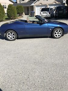 Alfa Romeo Spider 1996 sports car convertible