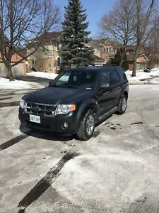 Ford Escape XLT (obo)