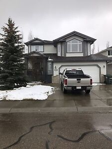 Sherwood park house for rent $2500 month 2000'sq