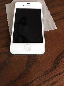 iPhone 4 white broken but screen /shell in mint condition