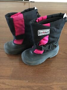 Stonz Toddler Winter Boots size 10