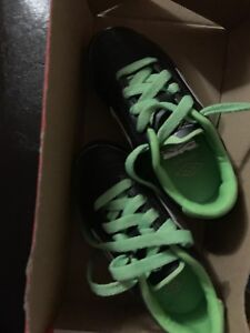 Umbro size 8 toddler cleets