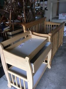 Stork Craft Baby Crib and Change Table
