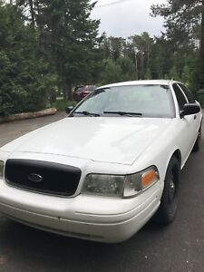 Ford Crown Victoria Police pack