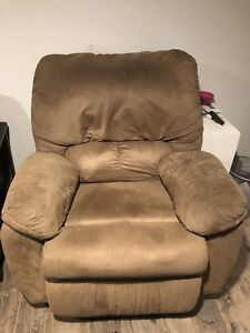 Reclining and rocking love seat and reclining chair.