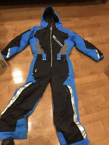 Obermeyer Snowsuit: all-in-one: blue, size 8