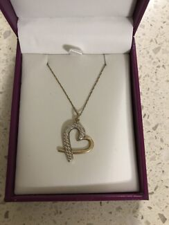 10ct Gold Necklace With Heart Pendant