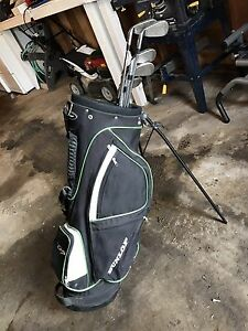 Right Hand Set of Dunlop TD Plus Graphite Golf Clubs and Bag