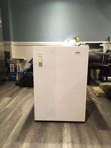 Apt Size Freezer