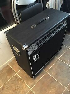 Amplificateur Ampeg G 212 pour guitares 120 Watts