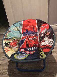 Petite chaise cars pour enfants 5 ans  et moins