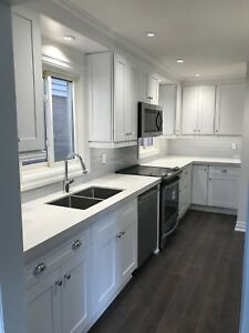 We are Toronto's #1 sources for wholesale kitchens! Contractors!
