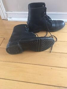 Horse back riding boots