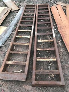 Bobcat or excavator ramps