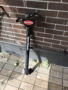 Hitch mount bike carrier