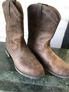 Men's artiat roper boots worn twice size 9.5 Clyde Casey Area Preview