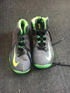 Boys Nike Basketball Shoes