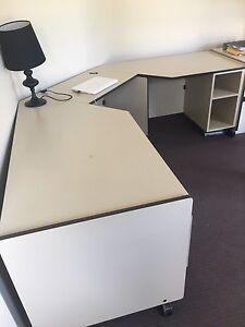 Study Desk Beeliar Cockburn Area Preview