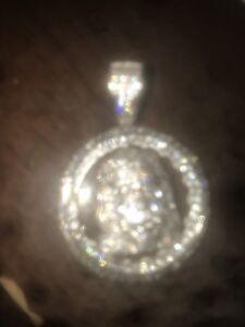 White gold pendent
