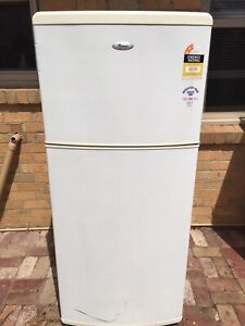Whirlpool fridge Free delivery 410L