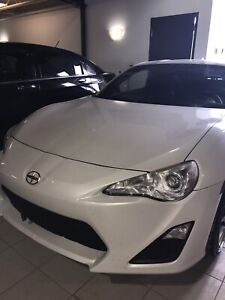 White automatic FRS