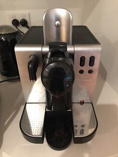 Nespresso Delonghi Coffee Machine