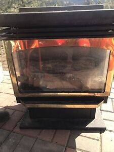 Fire place natural gas brand new