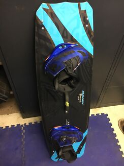 2015 naish monarch with Ronix Park boots