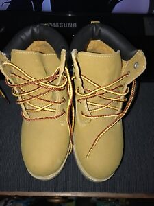 Kids/youth Size 3 REPLICA Timberland Boots
