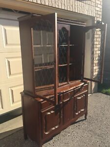 French Provincial Hutch / Buffet Table / Glass Display Cabinet