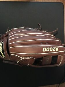 Wilson A2000 Pro Stock 1799 12.75 Throws right