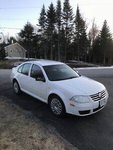2009 Volkswagen city 148000  $5900