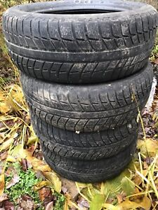 Used Michelin winter tires 205/65/r16