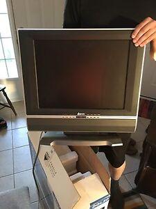 """20"""" LCD TV"""