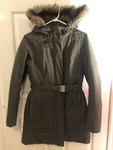 Northface winter coat - women's small -kaki green with belt