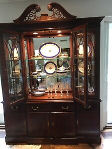 ETHAN ALLEN - only 15 3/4 deep so easy to fit into space