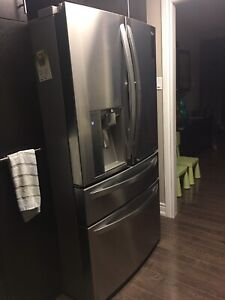 LG - 4 Door French Door Fridge 30 cu ft