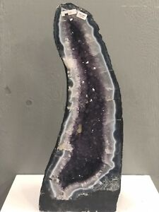 Large Amethyst Geode 60cm with white lace Agate interlay