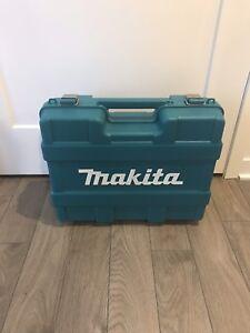 *Prix Révisé* Kit perceuse et drill impact Makita