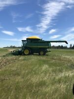 Combine and grain cart operator needed in Alberta