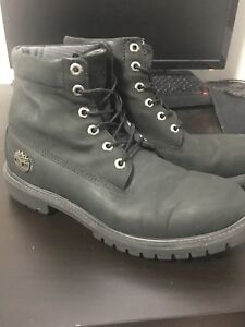 Black timberlands size 9.5