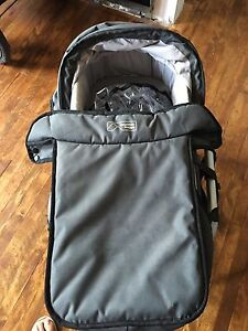 Mountain Buggy Carry cot and stand