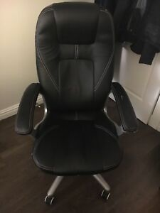 Computer chair - black