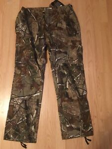Woman's RealTree Pants (new with tags)