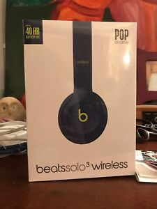Selling brand new unopened Beats solo3 wireless headphones